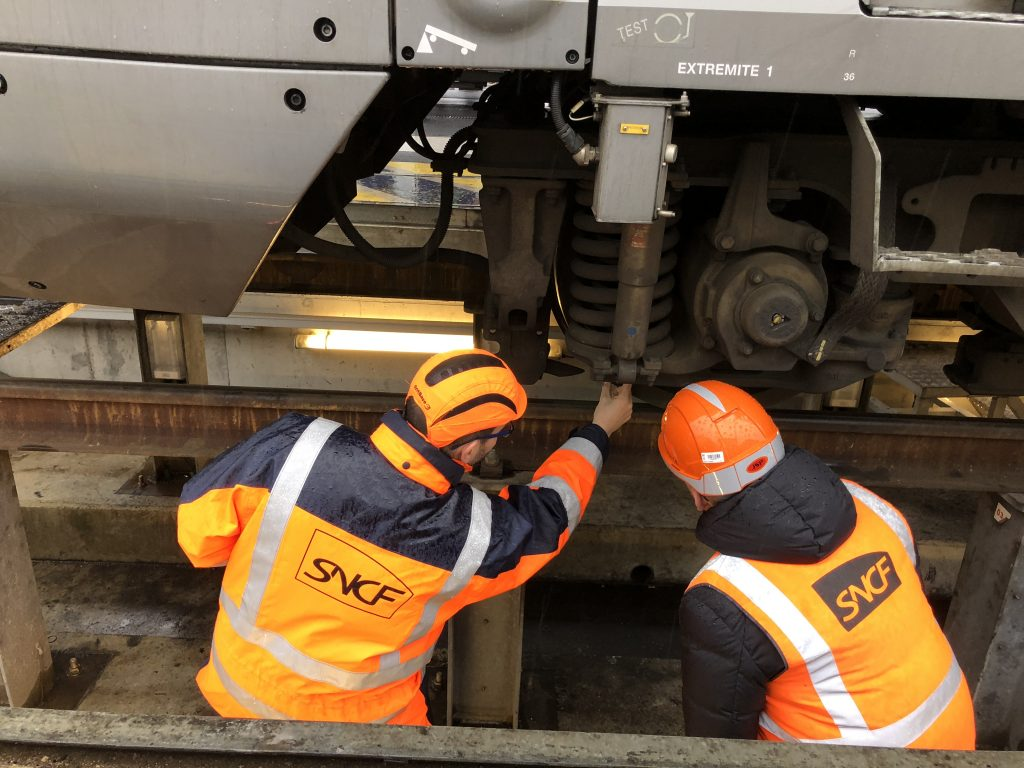 manager maintenance trains sncf