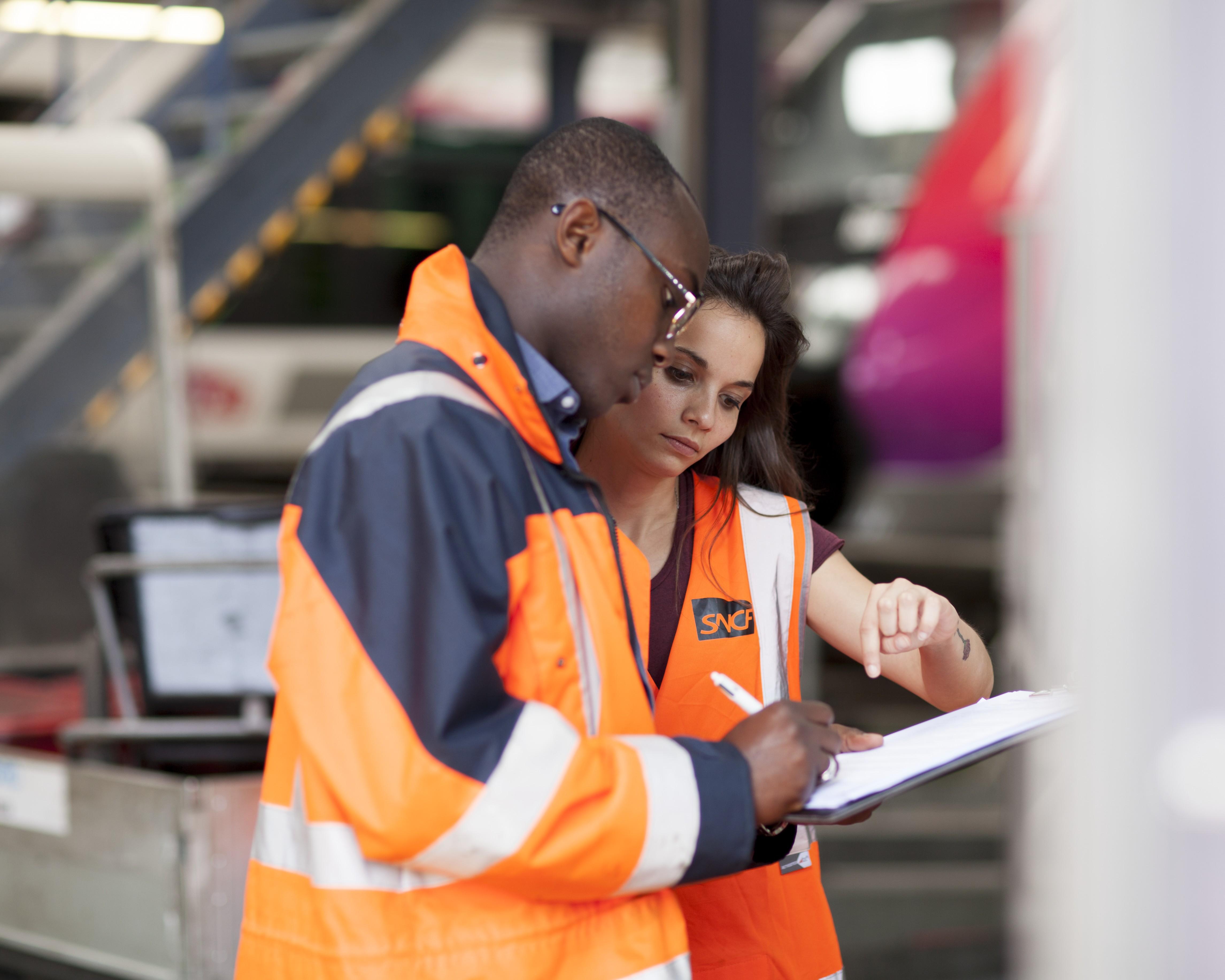Participez à la qualité de l'expérience des voyageurs en rejoignant nos centres de maintenance des trains.