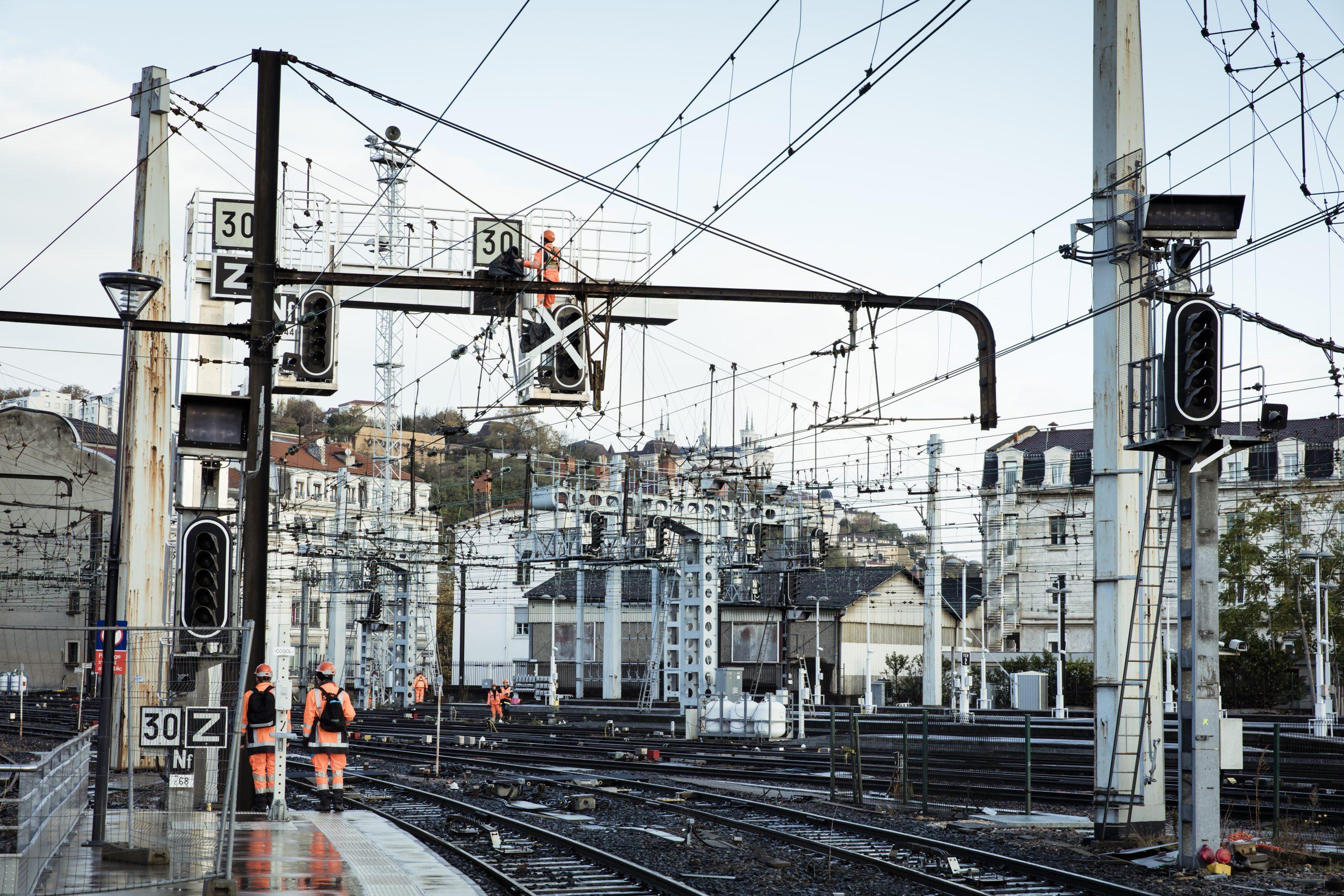 Rejoindre SNCF, c'est avoir la possibilité de valoriser des références professionnelles solides pour votre carrière.